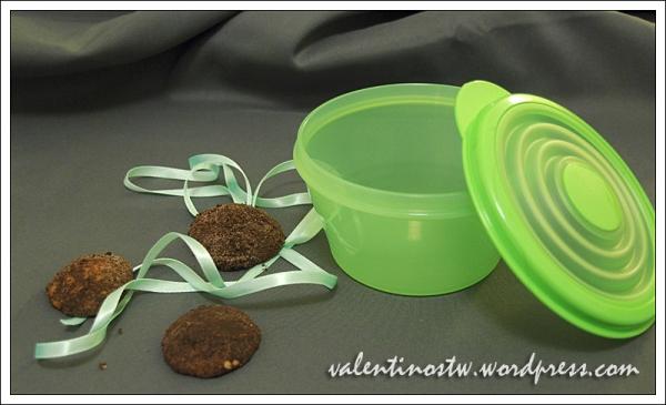 Sausainiai Triufeliukai, Tupperware