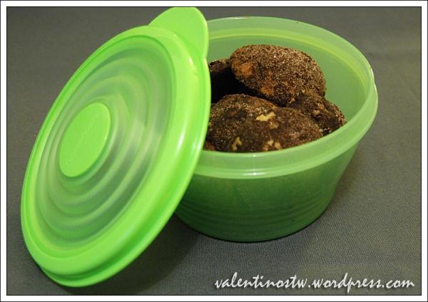 Sausainiai Triufeliai, Tupperware